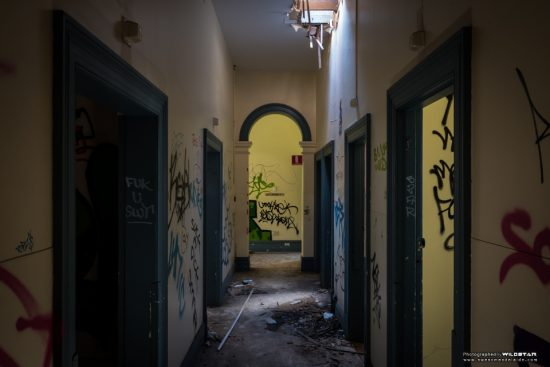 Urban Exploring Bats Palace — Awesome Adelaide